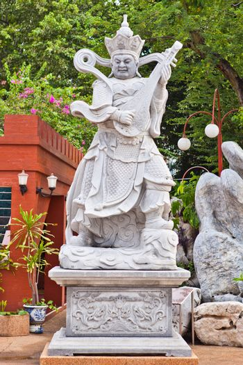 Chinese giant guard