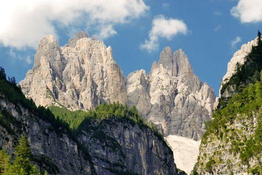 Dolomiti - Val Cimoliana � Stone peaks