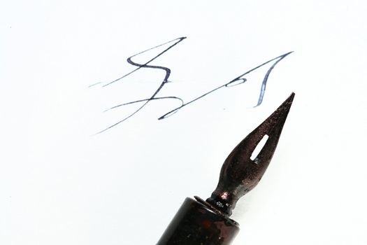 writer ink and pen