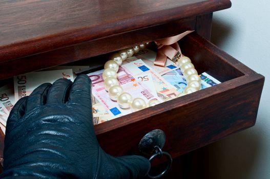 Robbing goods