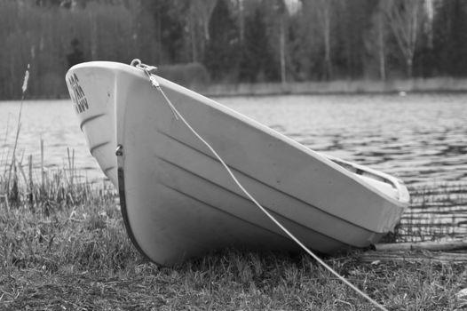White black foto of boat on shore