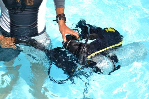learn to dive in the summer holiday