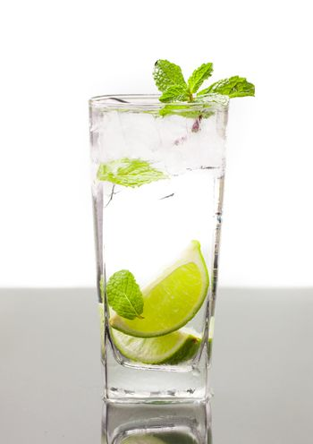 Cold alcoholic drink