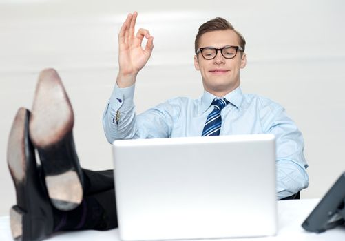 Relaxed man with excellent gesture