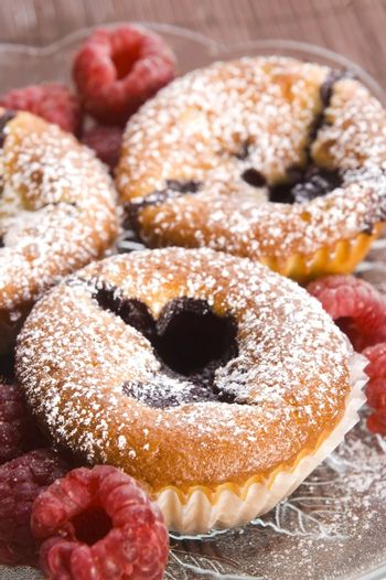 Raspberry cookies with fresh fruits
