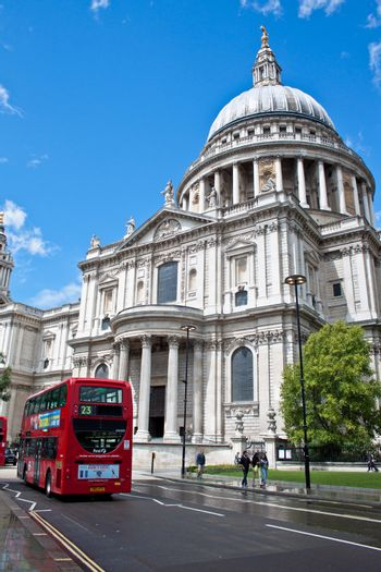 St Pauls and a route master bus