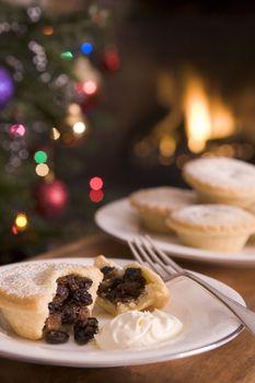 Mince Pie with Brandy Cream