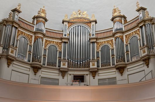 Old organ