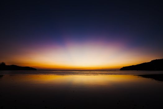 Dawn over the tropical ocean - low tide