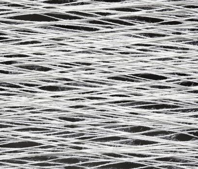 Texture of the yarn with glue