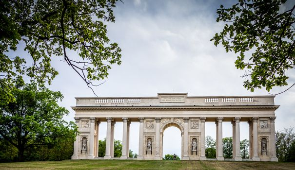Colonnade Reistna, a neoclassical landmark and a viewpoint above