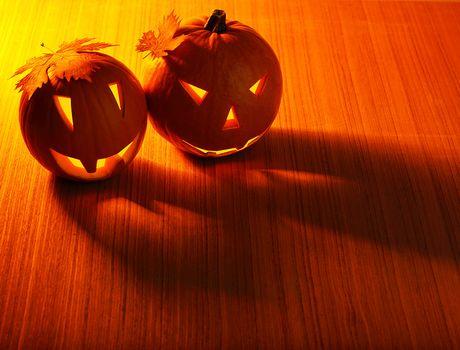 Halloween glowing pumpkins border