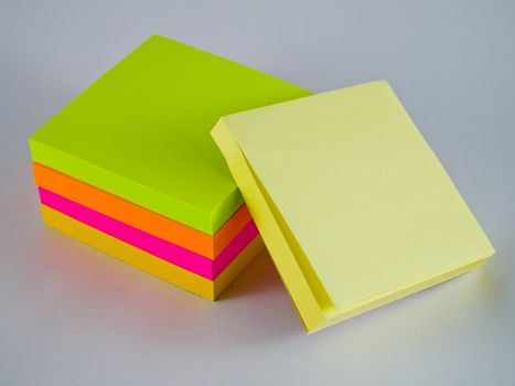 Colorful Post it