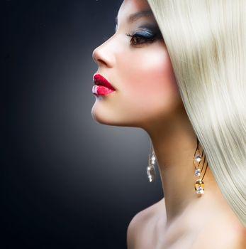 Blond Fashion Girl