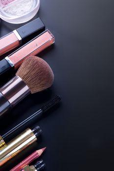Professional Make-up Border