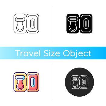 Travel size razor icon