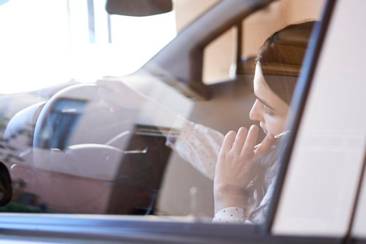 Unsafe driving. Talking on the Phone While Driving