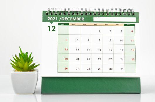 December 2021 green Desk calendar