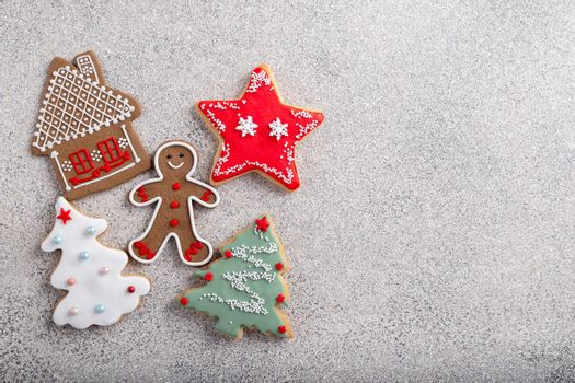 Gingerbread cookies decorated with icing sugar