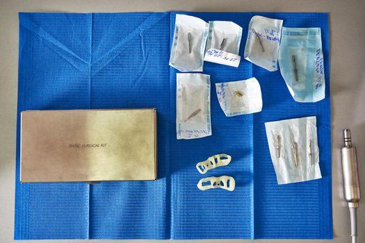 Set of dental instruments in sterile sealed packaging
