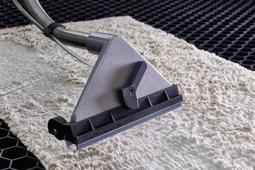 Carpet chemical cleaning with professionally extraction method