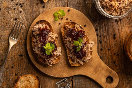Pulled duck sandwiches