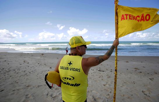 save lives in salvador beach