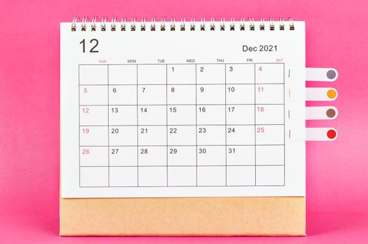 December 2021 calendar.