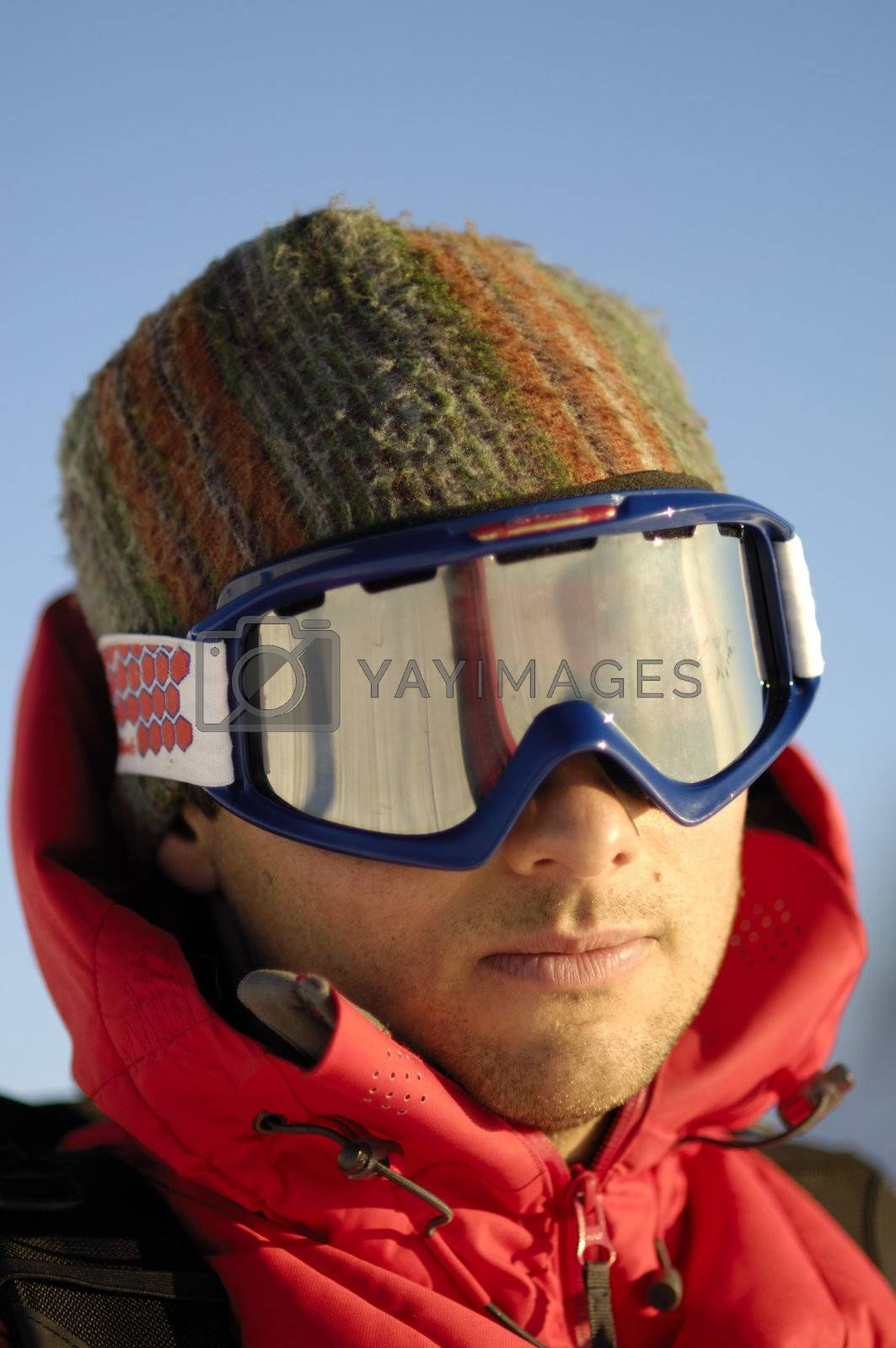 Ski expedition by swimnews