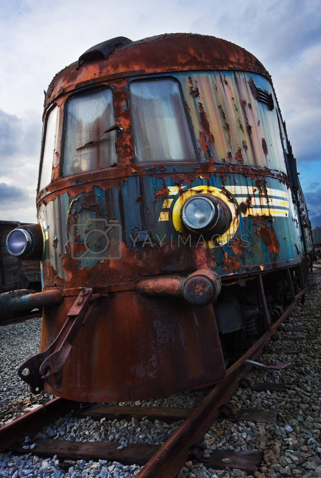 old locomotive by MikLav