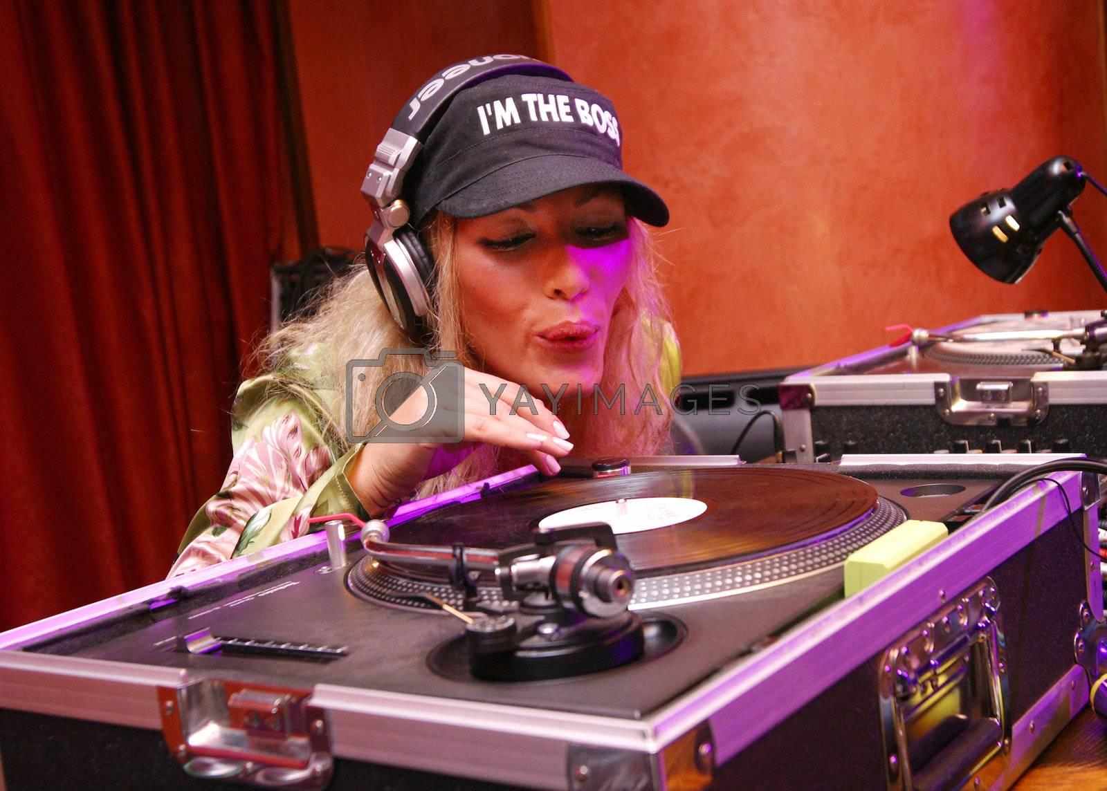 DJ Benzina by friday