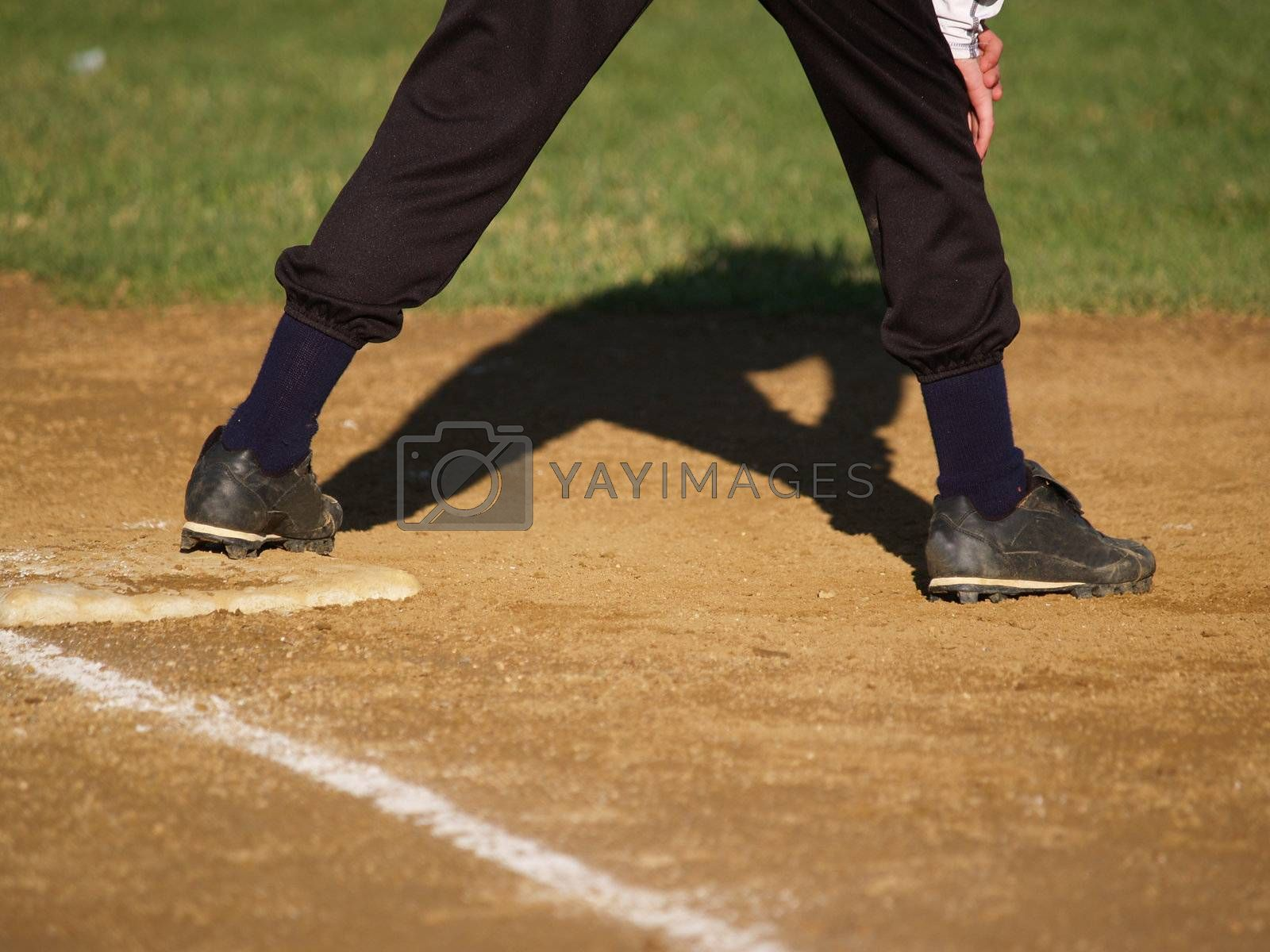 baseball player ready on the base
