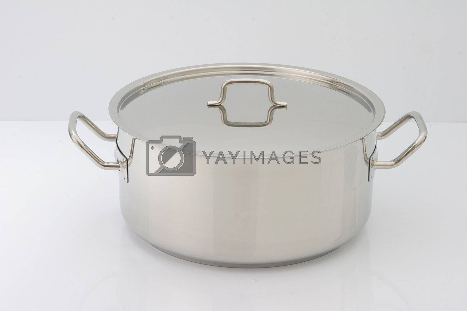 very clean silver pot