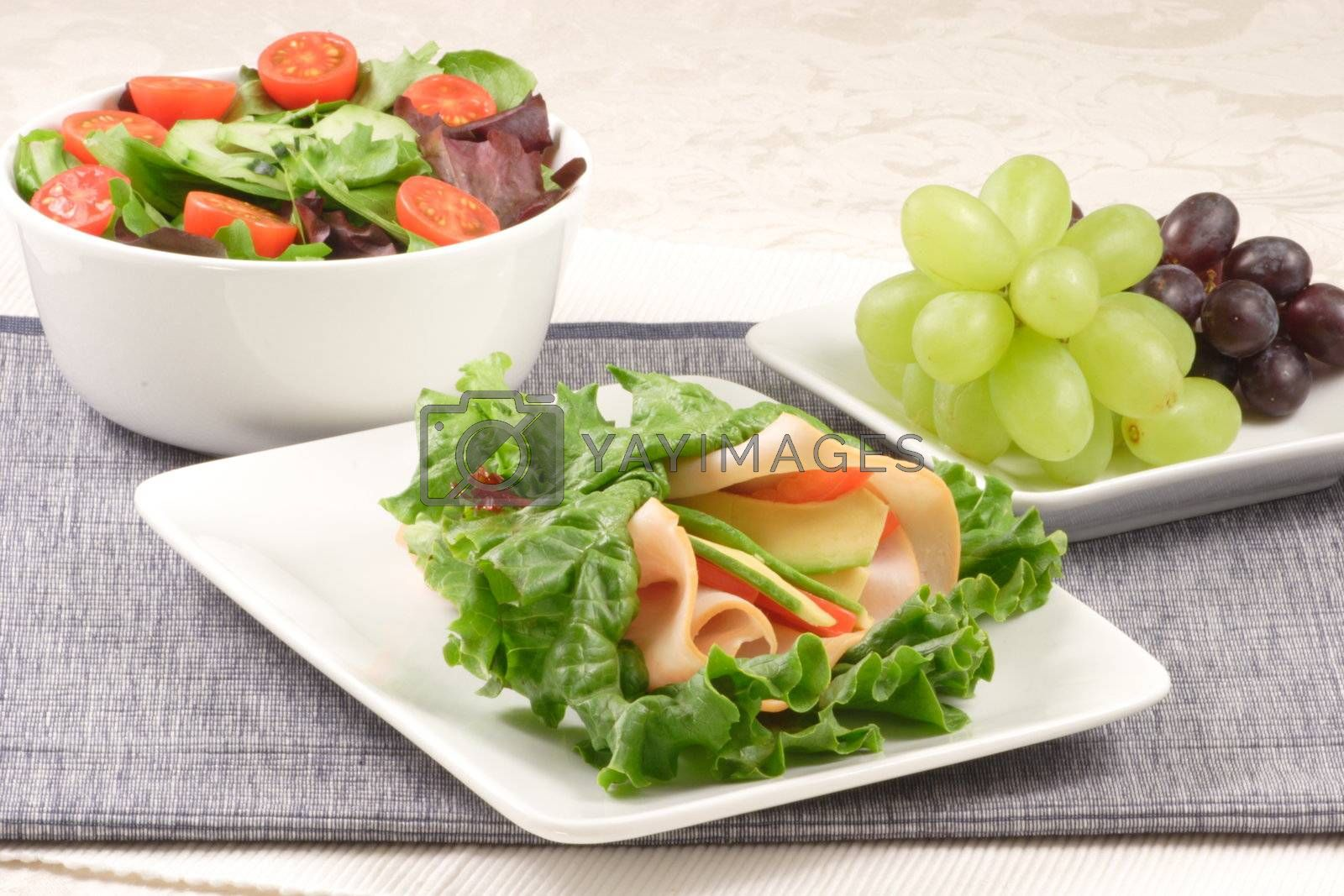 lettuce sandwich  ,grapes  and salad by tacar