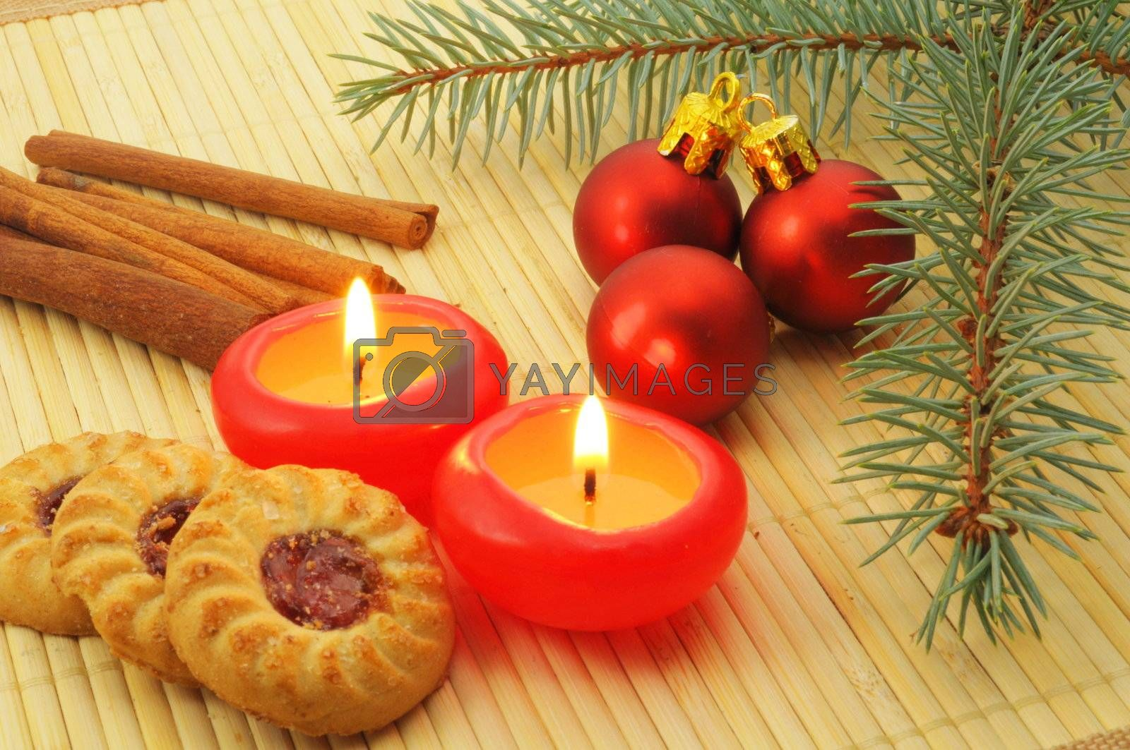 xmas decoration with red candles in advent