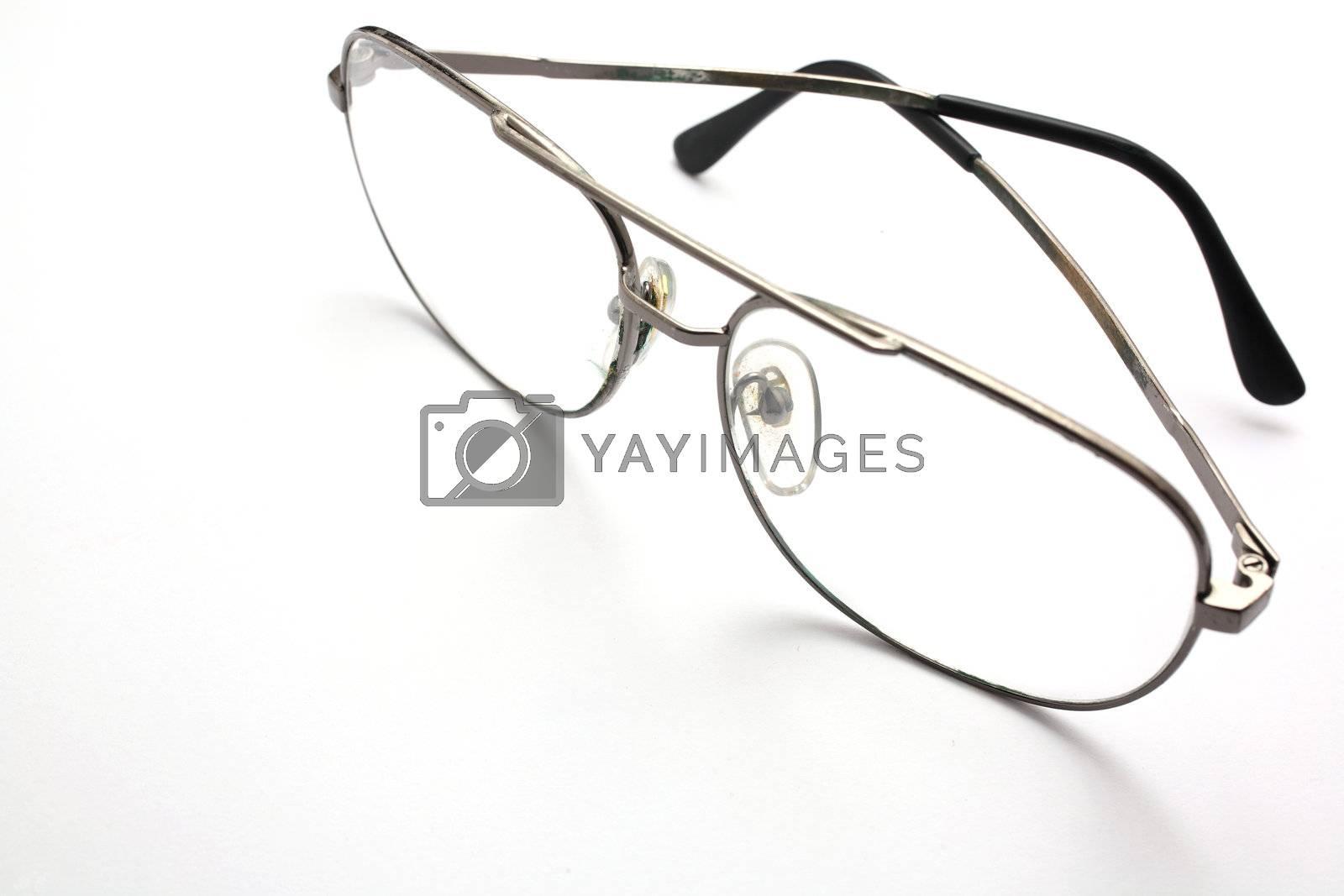 Eyeglasses  by leungchopan