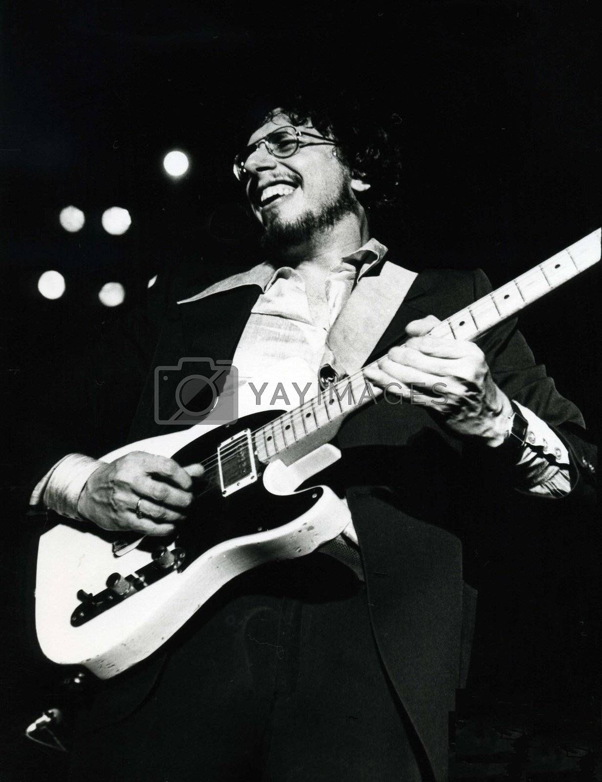 David Bromberg performing at Symphony Hall in Boston in 1978