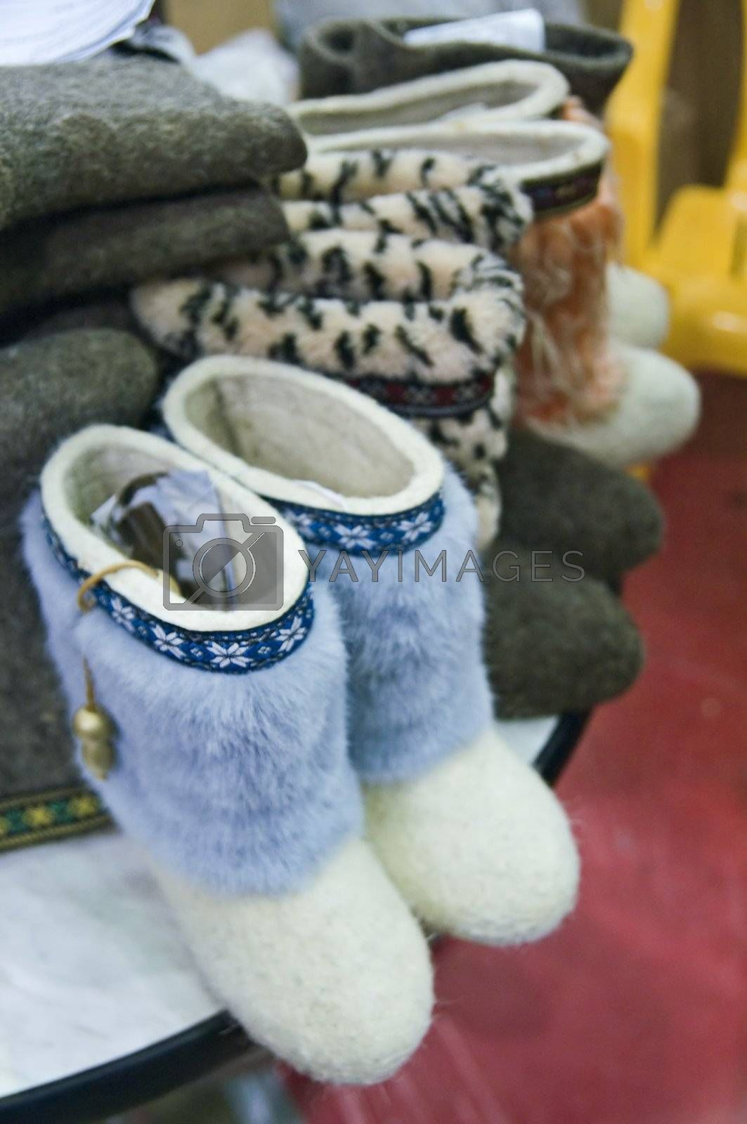 Traditional Russian felted shoes  by simfan