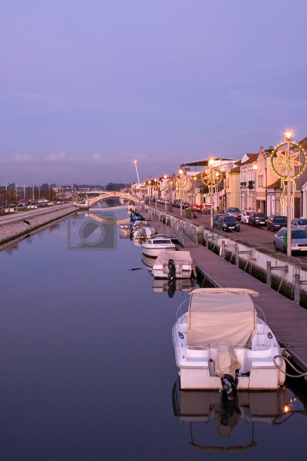 Aveiro canal by PauloResende