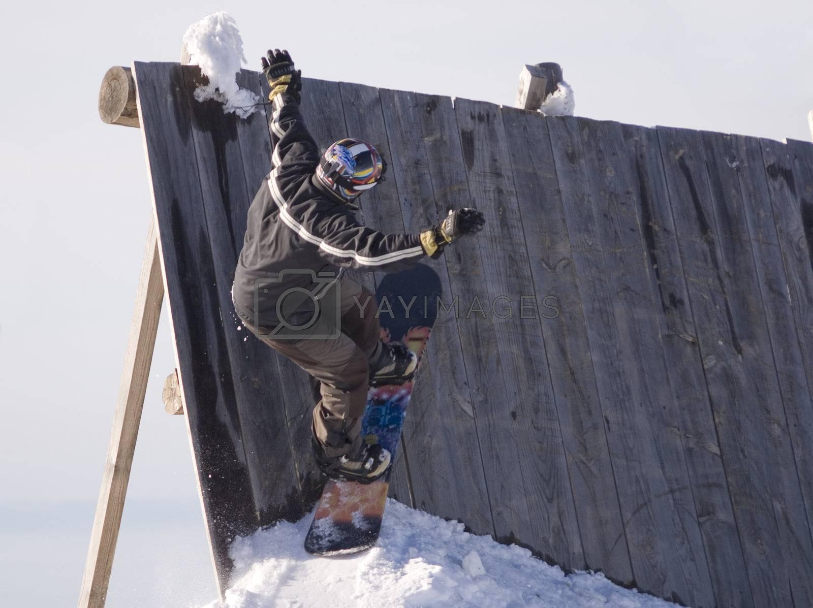 Snowboard Jump by PauloResende