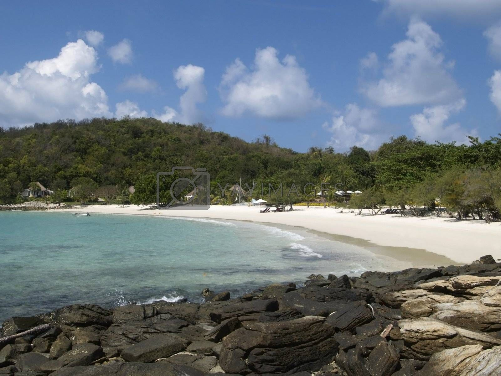 Secluded beach by epixx