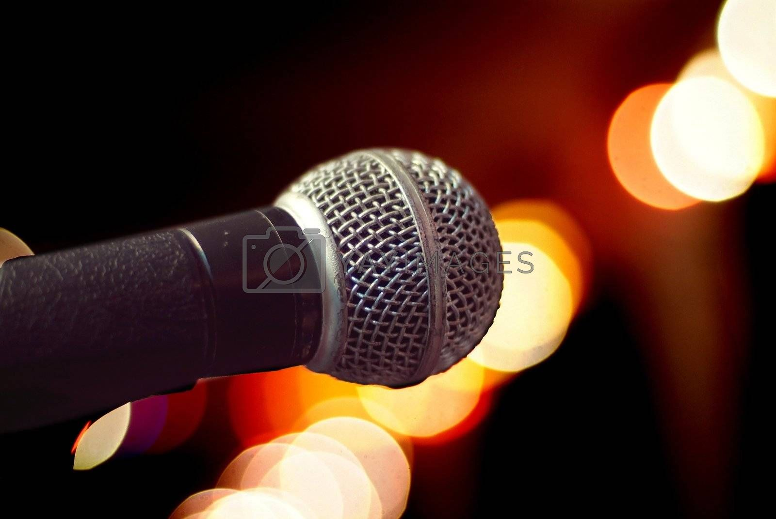 Microphone close-up by epixx
