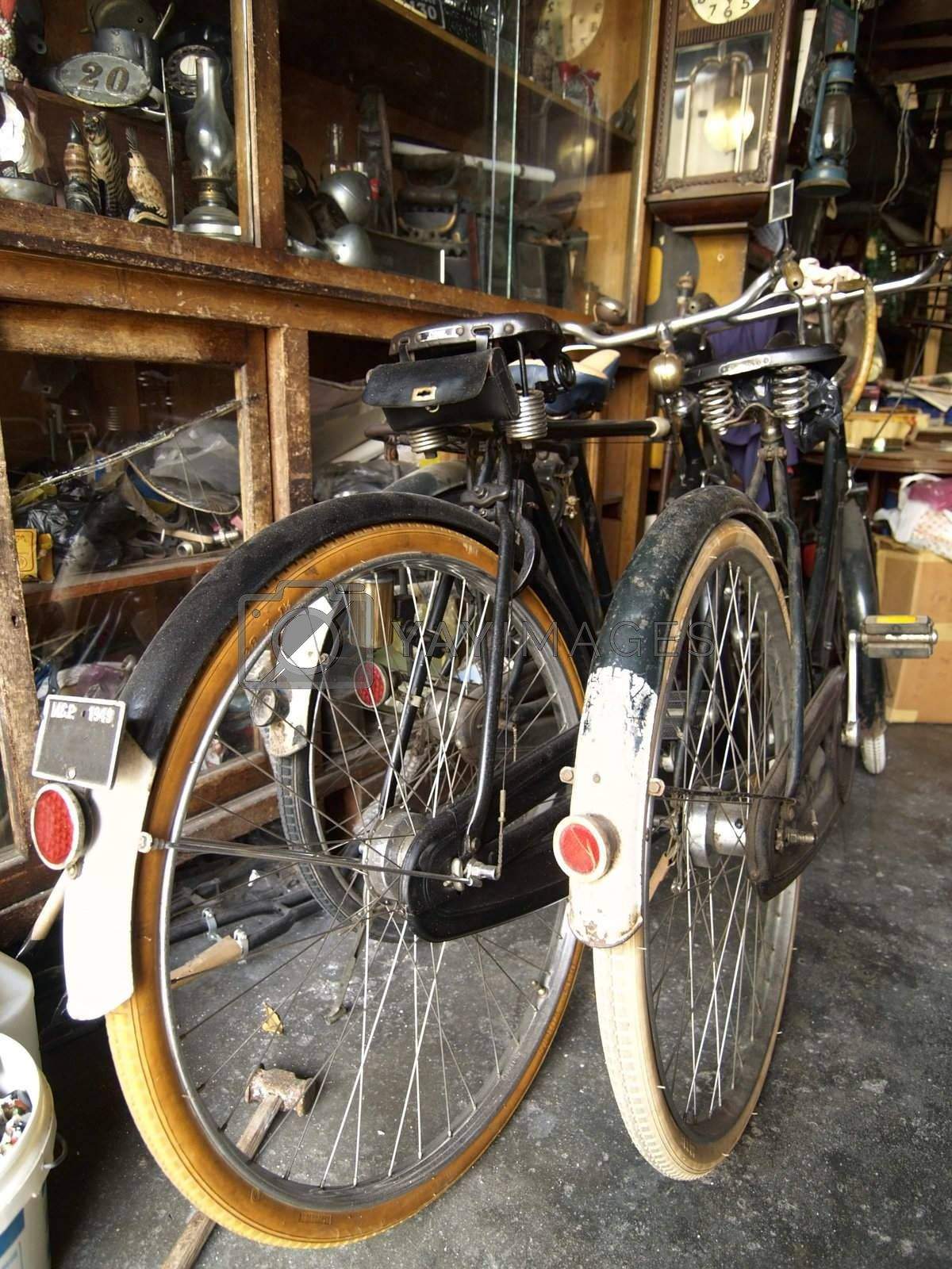 Two old bicycles by epixx