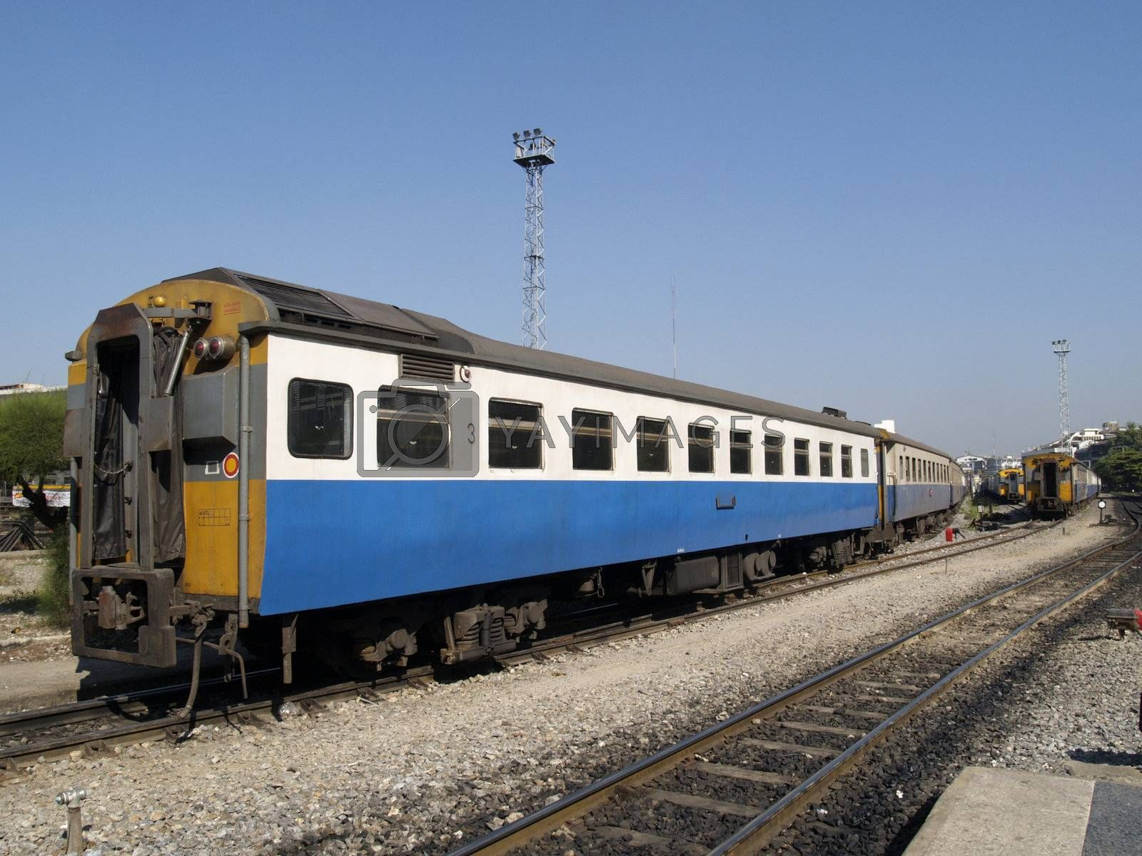 Third class railway car in Thailand by epixx