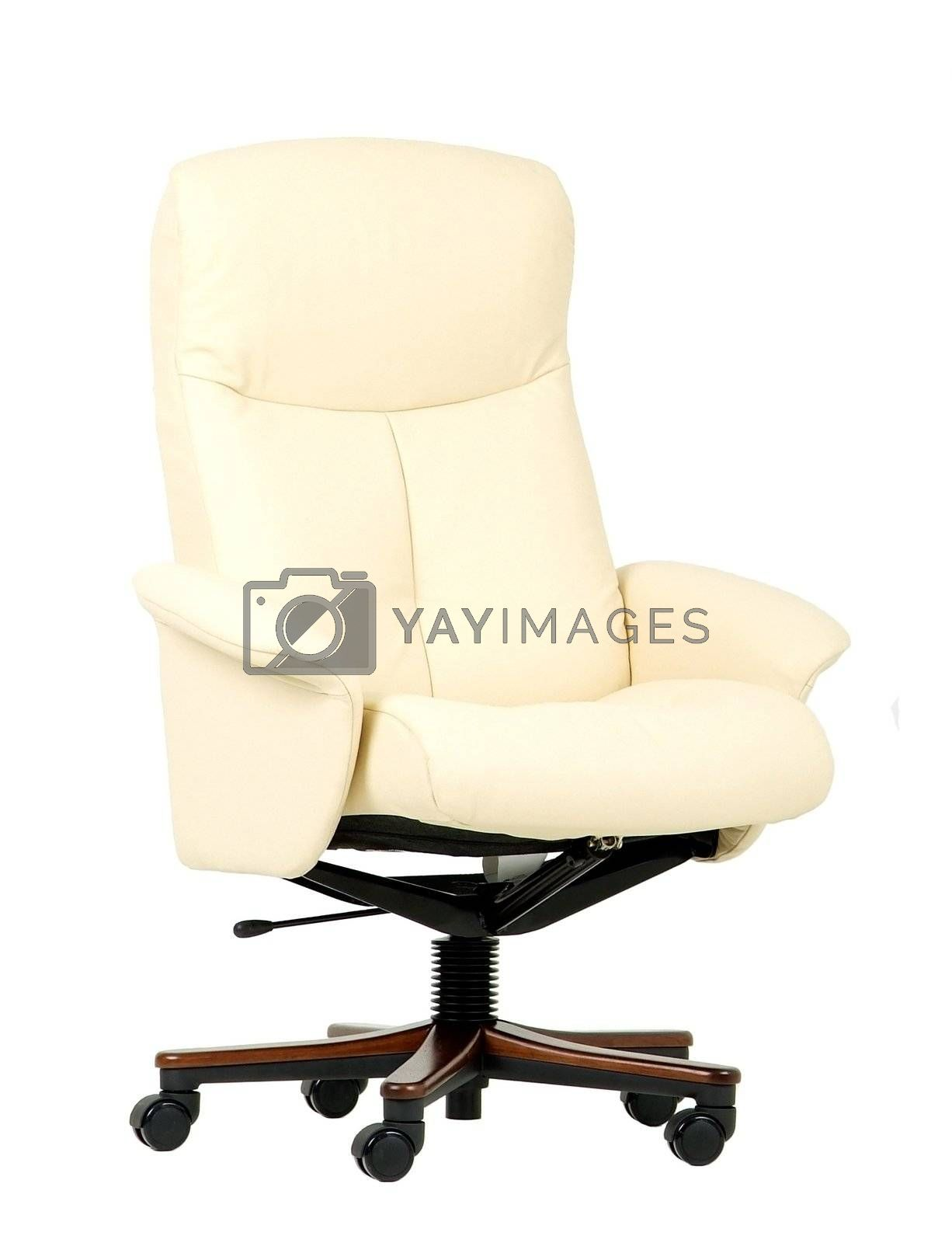 Off-white luxury office chair by epixx