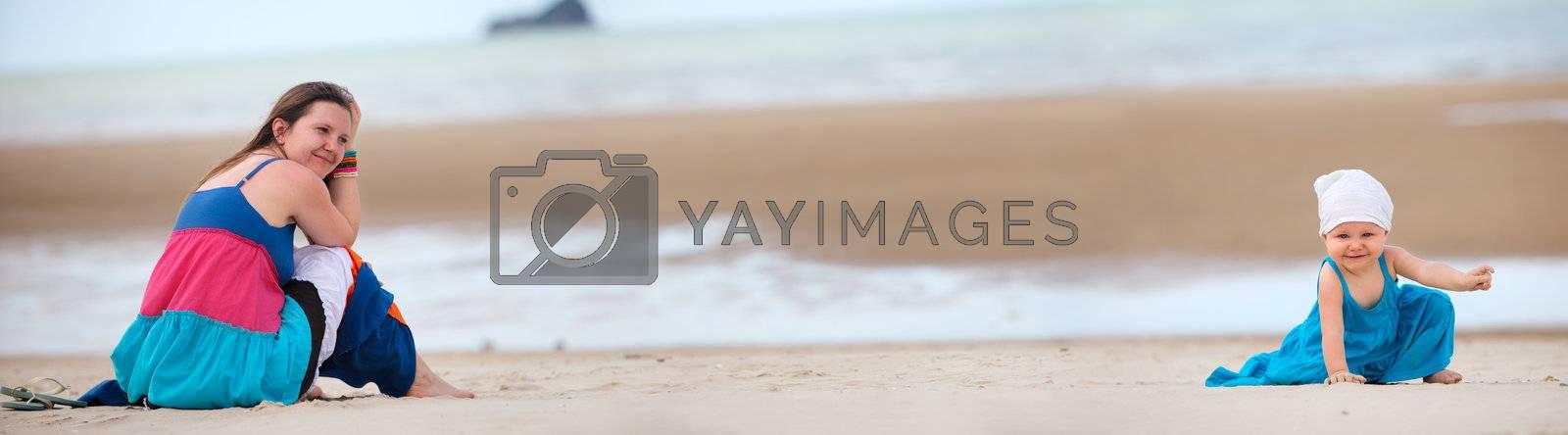 Beach vacation by shalamov