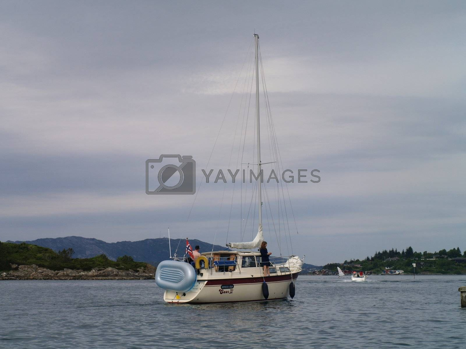 sailing in sailboat