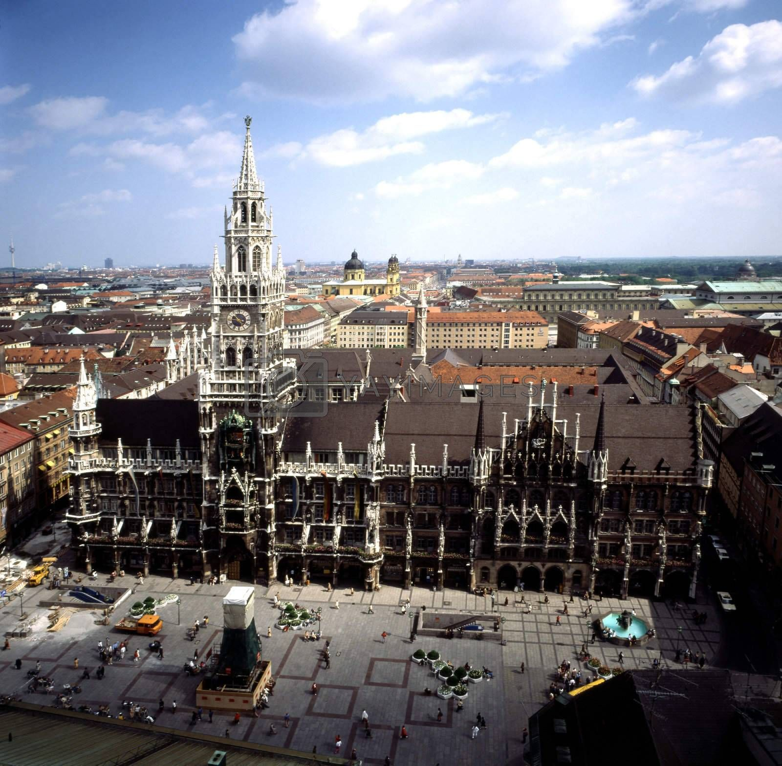 Marienplatz , Munich by jol66