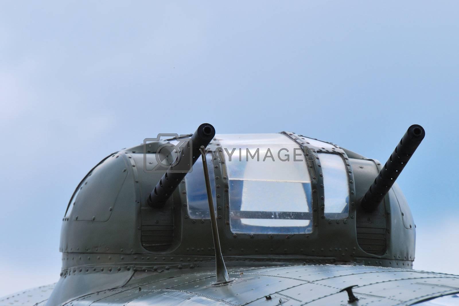 Aircraft turret with machine guns