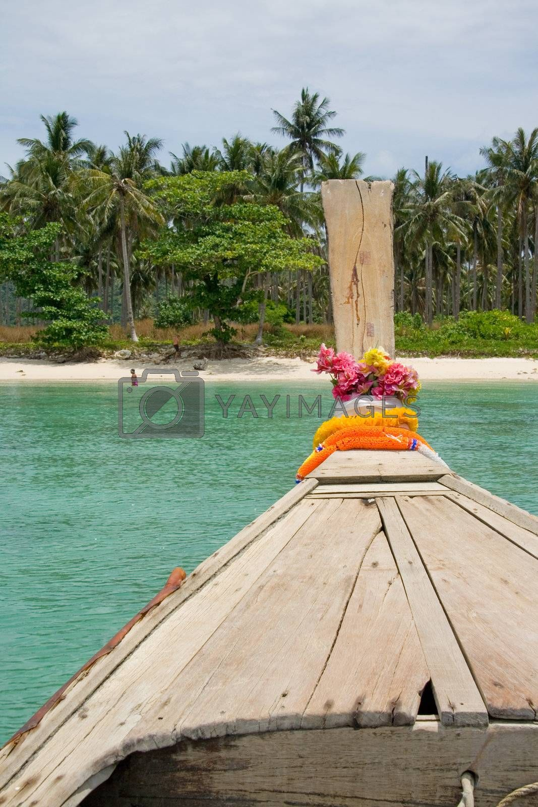 Daytrip with longtailboat around Phi Phi islands, Thailand